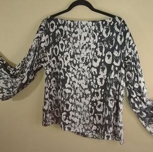 🌞Jennifer Lopez Peasant Top Cheetah Print  Sz Sm